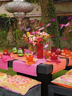 1001 nights party table