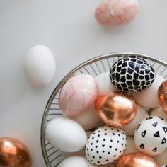 http://www.lilyardor.com/easter-egg-diy/