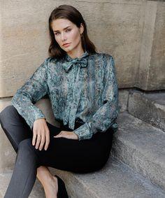 ι αποστολές των διαδικτυακών παραγγελιών από το www.vaya.gr συνεχίζουν να πραγματοποιούνται κανονικά. Για τηλεφωνικές παραγγελίες καλέστε μας στο 2310 941110. #sales #fashion #jacket #wintersales #outfit #photooftheday #vayagr #boutique #thessaloniki #greece #staysafe #shirt #fashion #style #love #instagood #like #photography #photooftheday #beautiful #instagram #picoftheday #model #instadaily #smile #beauty #myself #ootd #happy #cute