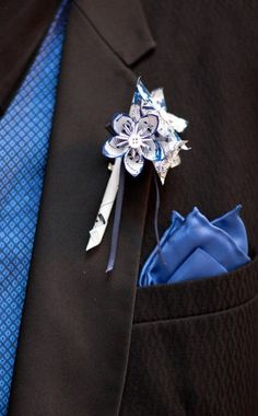 Paper Flower Grooms Boutonniere- wedding accessory, groomsmen, pin, wedding, handmade, origami, paper flowers. $9.00, via Etsy.