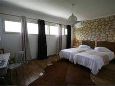 Oeno-Lodge Lesparre-Medoc, France