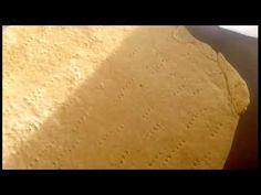 Crema de prajitura cu smantana si nuci , si foi cu miere Make It Yourself, Youtube, Food, Eten, Meals, Diet