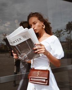 Trendy Outfits To Beautifully Complete This Summer Fotografie Hacks, Beige Outfit, Ysl Bag, Ysl Purse, Style Outfits, Ootd, It Goes On, Minimal Fashion, Women's Fashion