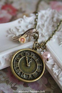 necklace,necklace image,necklace picture,necklace photo, jewlery, image, photo, picture, fashion style http://www.womans-heaven.com/clock-necklace-image/