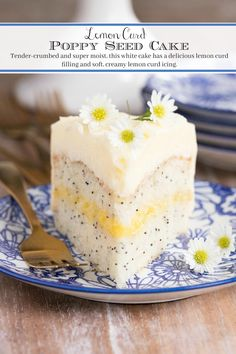 dessert recipes This easy Lemon Curd Poppy Seed Cake recipe includes a tender-crumbed, super moist white cake with a delicious lemon curd filling and icing. Make the ridiculously easy lemon curd in minutes! Easy Lemon Curd, Lemon Curd Filling, Lemon Curd Dessert, Recipes With Lemon Curd, Lemon Cake Recipes, Lemon Curd Uses, Raspberry Cake Filling, Frosting Recipes, Easy Cake Recipes