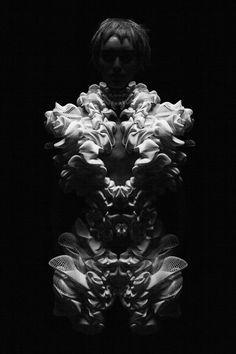 Artistic Fashion - 3D-printed dress with intricate form; sculptural fashion // Iris van Herpen