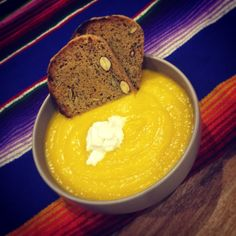 We do love a good pumpkin & cauliflower soup. Super charged with homemade bone broth! A little dollop of @coyo_is_coconuts and Chocolate Provisions almond & chia seed grain free bread. Perfect after work meal ✌️✌️