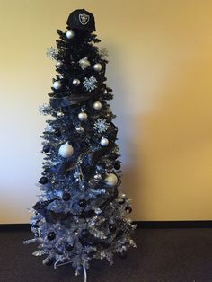 My friends all RAIDER christmas tree  Raiders  Pinterest