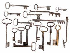 Hohl-, Flach- und Volldornschlüssel, teilweise mit ovaler Reide, Profilgesenk und Bärten mit Mittelbruch oder Reifen. Daneben auch eckige Reiden oder Griff ...