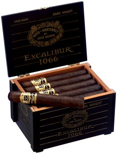 Hoyo de Monterrey Excalibur Dark Knight Cigar Box - Gaaaaaaaaaaaaanz weit oben auf der Wunschliste!