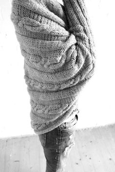 Cocoon - is a warm, cozy cardigan. It will fit any figure. Wrapping yourself with it will make you feel safe and calm. No harsh Autumn conditions will intimidate you while wearing it. Practical and comfortable. If its a cold early morning or a windy evening, Cocoon will always help You, knitted with Your own hands. All You have to do is buy the knitting scheme, desired color yarn and get to knitting.MY PATTERNS are written in standard US, UK and European terms.Directions are for women's…