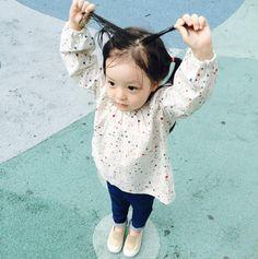 Cute Asian Babies, Korean Babies, Cute Babies, Baby Kids, Ulzzang Kids, Cute Baby Pictures, Kid Styles, My Children, Kids And Parenting