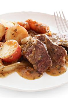 KRAFT RECIPE MAKERS New England Pot Roast – It takes just 10 minutes to get this meal into the slow cooker in the morning. When you come home: New England-style pot roast, ready to serve!