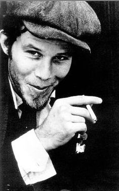 Tom Waits...does that face not say mischievous? Such a talented man. Love his music!