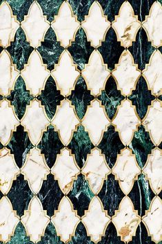 For stunning geometric wallpaper discover our Mind the Gap Empire Emerald Metallic Edition wallpaper, featuring emerald and white marble effect shapes. Metallic Wallpaper, Unique Wallpaper, Wallpaper Roll, Pattern Wallpaper, City Wallpaper, Graphisches Design, Tile Design, House Design, Tuile Turquoise