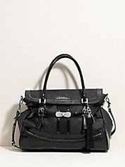 Guess Purse :D If anyone wants to get me a late Christmas Present <3 ....