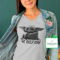 The Child YODA tshirt pour femme Col en V Creation T Shirt, Raglan, V Neck, Sweatshirts, Sweaters, Tops, Women, Fashion, Woman