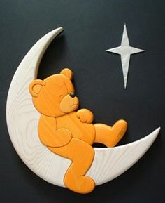 Bear/moon Intarsia - Need to find a link for this artist/designer