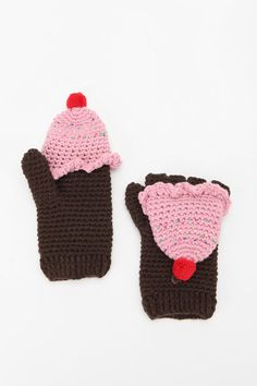 CUPCAKE MITTENS. Coincidence my mittens are ruined and I need new ones?! I think not. @MissKodee $19 at Urban Outfitters