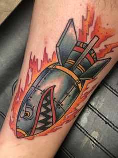 Traditional Shark Rocket