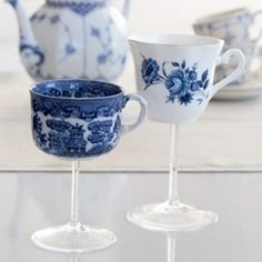 teacup-wineglass-de-84911859