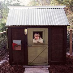 Use no-fuss materials, such as a tin roof, and simple construction methods and a playhouse leaves children's imaginations room to run wild. Skip the troublesome electrical wiring in favor of a solar- or battery-powered light, and install a mailbox for special deliveries.