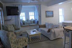 Harbor Cottage Love that window seat! Homey Home Design
