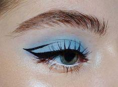Makeup Eye Looks, Cute Makeup, Skin Makeup, Eyeshadow Makeup, Pretty Makeup, Applying Eyeshadow, Eyeshadow Palette, Makeup Monolid, Golden Eyeshadow