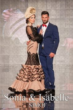Sonia e Isabelle (Sonibel)  'Carmen'   Moda Flamenca por Claudia Alfaro vía Entre Cirios y Volantes.