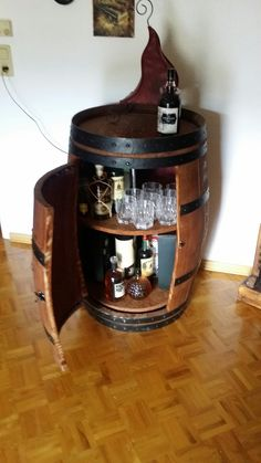 Whiskey Bar altes Holzfass Liquor Cabinet, Wine, Storage, Furniture, Home Decor, Barrels, Homemade Home Decor, Larger, Home Furnishings