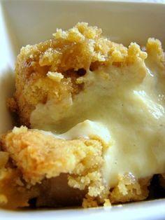 Easy apple crumble with vanilla custard sauce. Yummy.