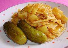 """Granadír"" - favorite Slovak dish - potatoes with paprika and pasta Slovak Recipes, Czech Recipes, Hungarian Recipes, Russian Recipes, Meat Recipes, Ethnic Recipes, Meatless Recipes, Eastern European Recipes, Good Food"