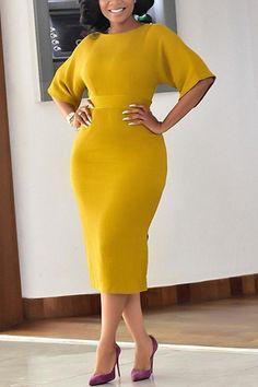 Bodycon Dress With Sleeves, Half Sleeve Dresses, Half Sleeves, Dresses With Sleeves, Dress Outfits, Fashion Dresses, Plain Dress, Look Chic, Classy Dress