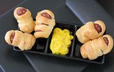 Deliciosas múmias de salsicha para o Halloween
