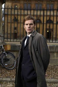 Liverpool actor Shaun Evans back for third series of Endeavour ...