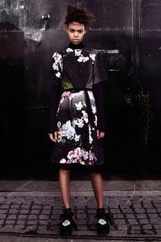 http://www.vogue.com/fashion-shows/pre-fall-2016/preen-by-thornton-bregazzi/slideshow/collection