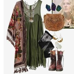 Free People Others – ISO⚡️Boho // Hippie // Witch Outfits – Bohem Style - Peacock. Look Fashion, Fashion Outfits, Womens Fashion, Witch Fashion, Fashion Blogs, Cheap Fashion, Grunge Fashion, Fashion Clothes, Fashion Skirts