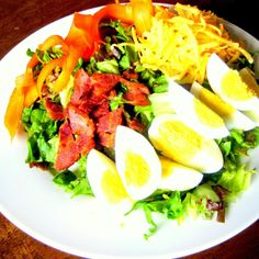 Traditional Chef Salad - Teske's Germania Restaurant & Beer Garden - Zmenu, The Most Comprehensive Menu With Photos