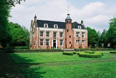 """De Oliphant"" is a #castle in Rotterdam, Holland. Landhuis de Oliphant, Rotterdam."