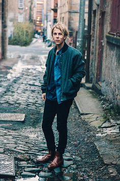 British singer Tom Odell, United Kingdom, 2013, photograph by Andrew Whitton.