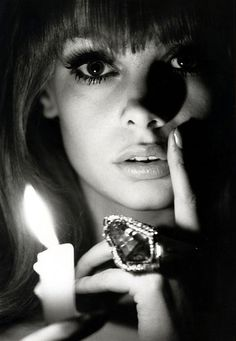 Jean Shrimpton photographed by Bert Stern, Looks like an older Lily.  Holy gorgeousness... but only in this pic.  The others, no so much.