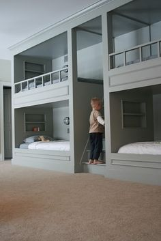 Really cool ideas for built-in bunkbeds. For the grandkids in my dream home!