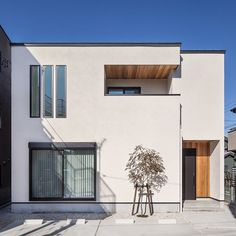 Japan Modern House, Forest View, Japanese House, House Front, Amazing Architecture, Detached House, Tiny House, House Plans, Exterior