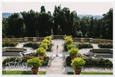 Florence - The idyllic Italian garden is the setting of a surprising and elegant summer wedding