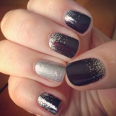 Jamberry Midnight Celebration paired with a Diamond Dust Sparkle accent nail. Gorgeous wraps!