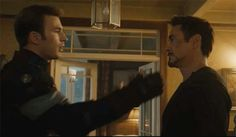 Age of Ultron Gag Reel . This brings me great joy<<< Mother of God if only...