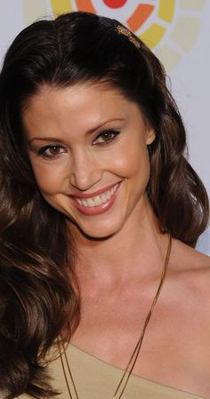 Shannon Elizabeth, Actress: American Pie 2. Shannon Elizabeth was born in Houston, Texas, the daughter of a Syrian/Lebanese father and a mother who is English, Irish and German. When Shannon was in 3rd grade, her family moved to Waco, Texas, where most of her relatives already lived. As a girl, Shannon took dance lessons, including tap, ballet, and jazz. While attending high school, however, she was very interested in tennis. She even ...