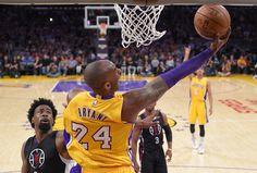Kobe Bryant finally met Rachel Banham, his favorite women's college basketball player | For The Win