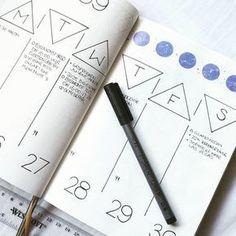Bullet journal weekly layout, triangular date header, vertical layout, washi tape, meal tracker, geometric bullet journal theme. @bujo.by.marieke