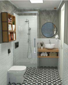 Ideas Bathroom Bathtub Small Mirror For 2019 Small Bathtub, Small Bathroom, Apartment Interior Design, Bathroom Interior Design, Bathroom Mirror Design, Yellow Bathrooms, Small Mirrors, Bathroom Renovations, Bathroom Inspiration